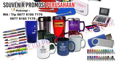 pulpen, tumbler, jam, tempat kartu nama, flash disk / USB, Kaos Promosi, Payung Promosi, Bantal Promosi, Topi Promosi, Tas Promosi, Name Tag, Booklet, Mug Promosi