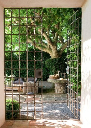 BOISERIE  C 25 idee per trasformare una casa di campagna