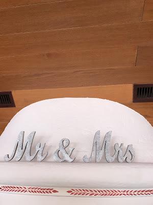 Mr. & Mrs. Shades of pink, weddings abroard, mountain wedding at the lake, wedding, Bavaria, Germany, Garmisch, Riessersee Hotel, getting married in Bavaria, wedding planner Uschi Glas