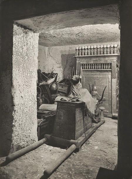 Egypt tumba de tutankam n 4 for Esquelas funeraria el mueble