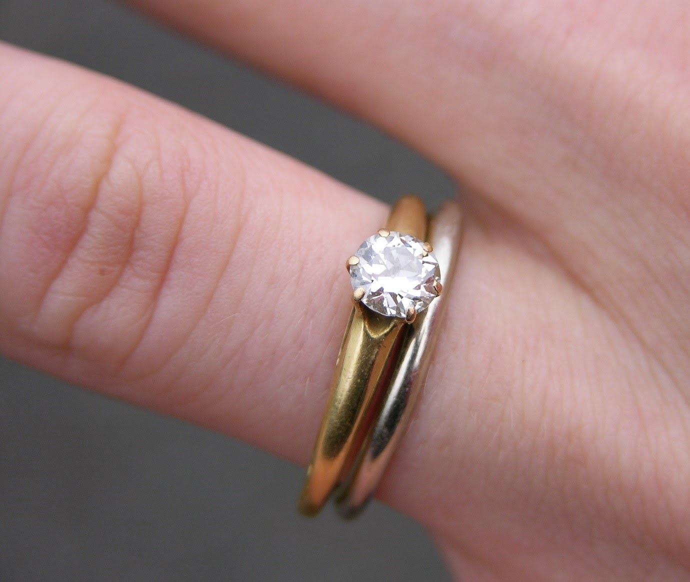 the most iconic wedding rings of all stacked wedding rings set Mel Ferrer gifted Audrey Hepburn a stackable wedding ring containing two different bands in rose gold and white gold Always a trendsetter she helped make