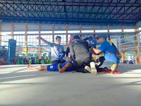Atlet Muaythai Kobi Menang TKO, Lawan Pingsan dan Pasang Oksigen
