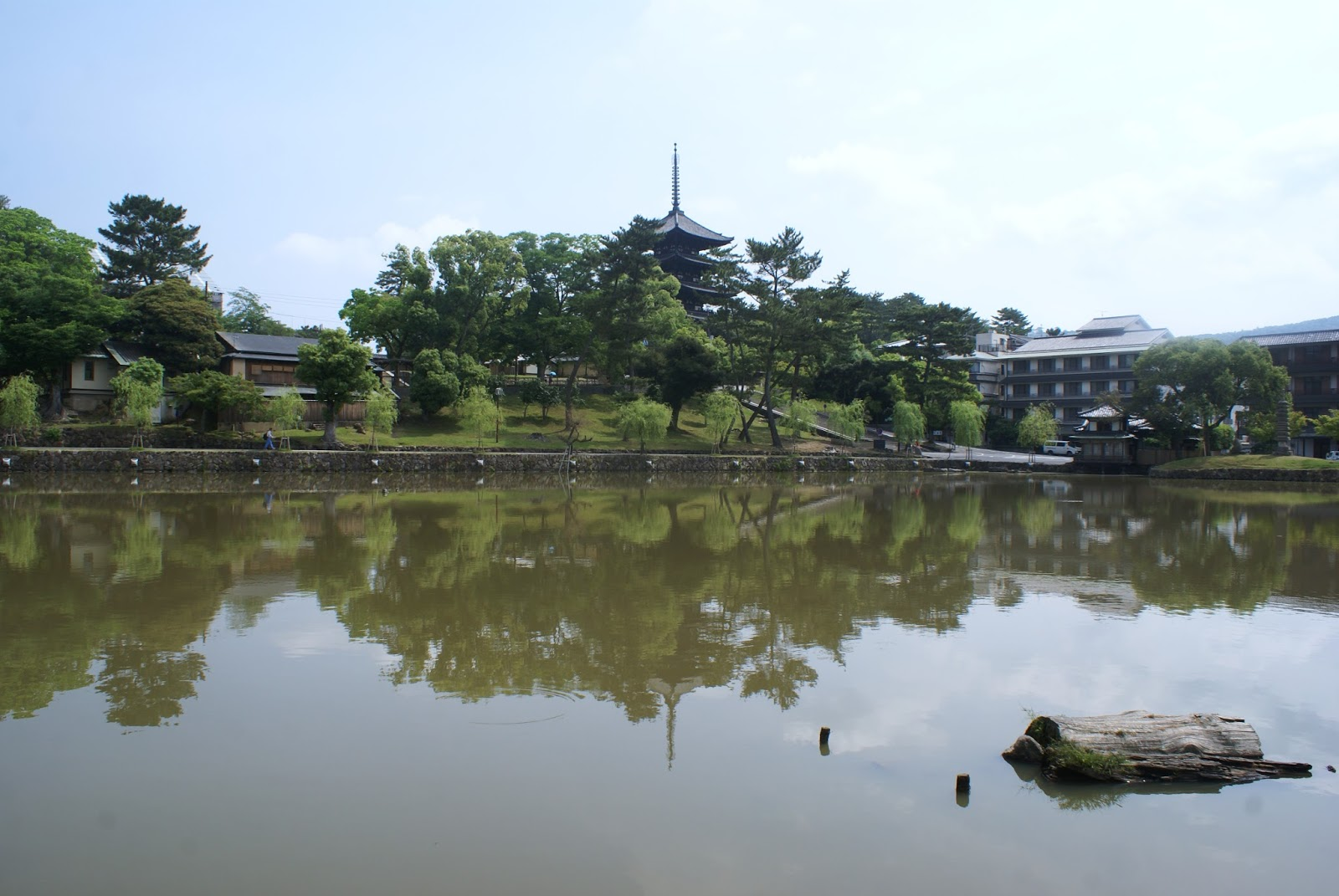 nara kofuku ji lake reflection pagoda japan asia