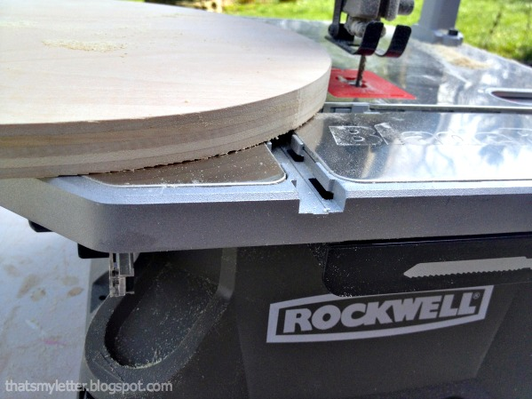 rockwell bladerunner cutting plywood