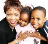 palabras Lindas para una Madre. Gracias Madre por tu hermosa labor. Feliz día de la madre. Dedicatoria en su día. Felicitaciones en poema cristiano para una mamá.
