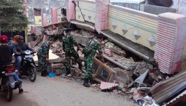 400 korban gempa dirujuk ke RSUD Tgk Chik Ditiro Sigli