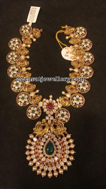 Pachi Floral Kundan Necklace