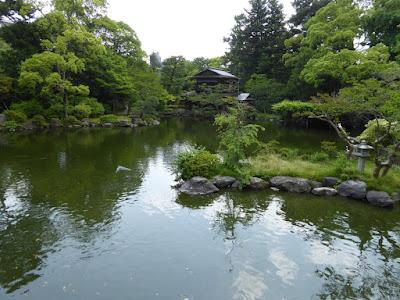 京都御苑 九條池 拾翠亭(しょうすいてい)