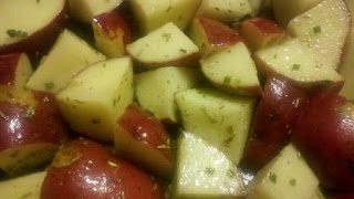 how to cook red potatoes, easy side dish, baked red potatoes,