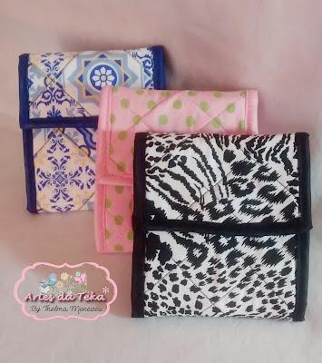 http://artesdatekam.blogspot.com/2017/07/carteira-porta-absorventes.html