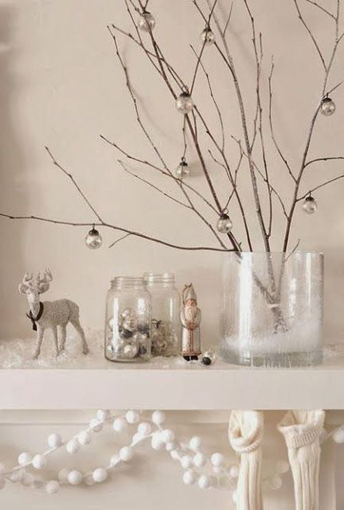 easy and lovely white and grey Christmas decoration