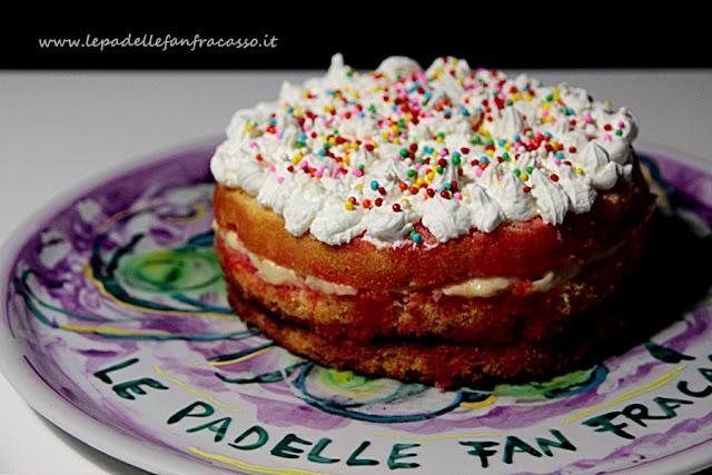 torta di compleanno ripiena