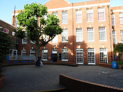 priory school portsmouth inner yard