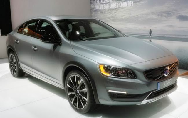 2018 Volvo S60 Redesign, Rumors