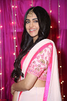 Adaa Sharma in White Pink Saree at Zee Telugu Apsara Awards 2017 43.JPG
