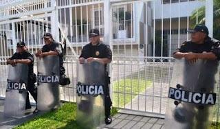 """La Superintendencia Nacional de Administración Tributaria de Perú (Sunat) intervino el estudio de abogados Mossack-Fonseca en Lima, firma ligada a los """"Panama Papers"""", en busca de información contable sobre presuntos casos de evasión y defraudación tributaria."""