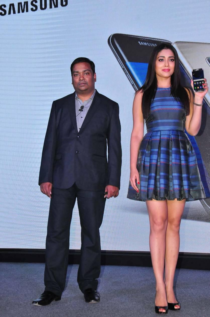 South Indian Actress Shriya Saran Hot Thighs Legs Show Photos In Mini Blue Dress