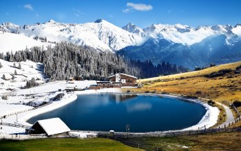 Wallpaper: Lake and landscape of Alps
