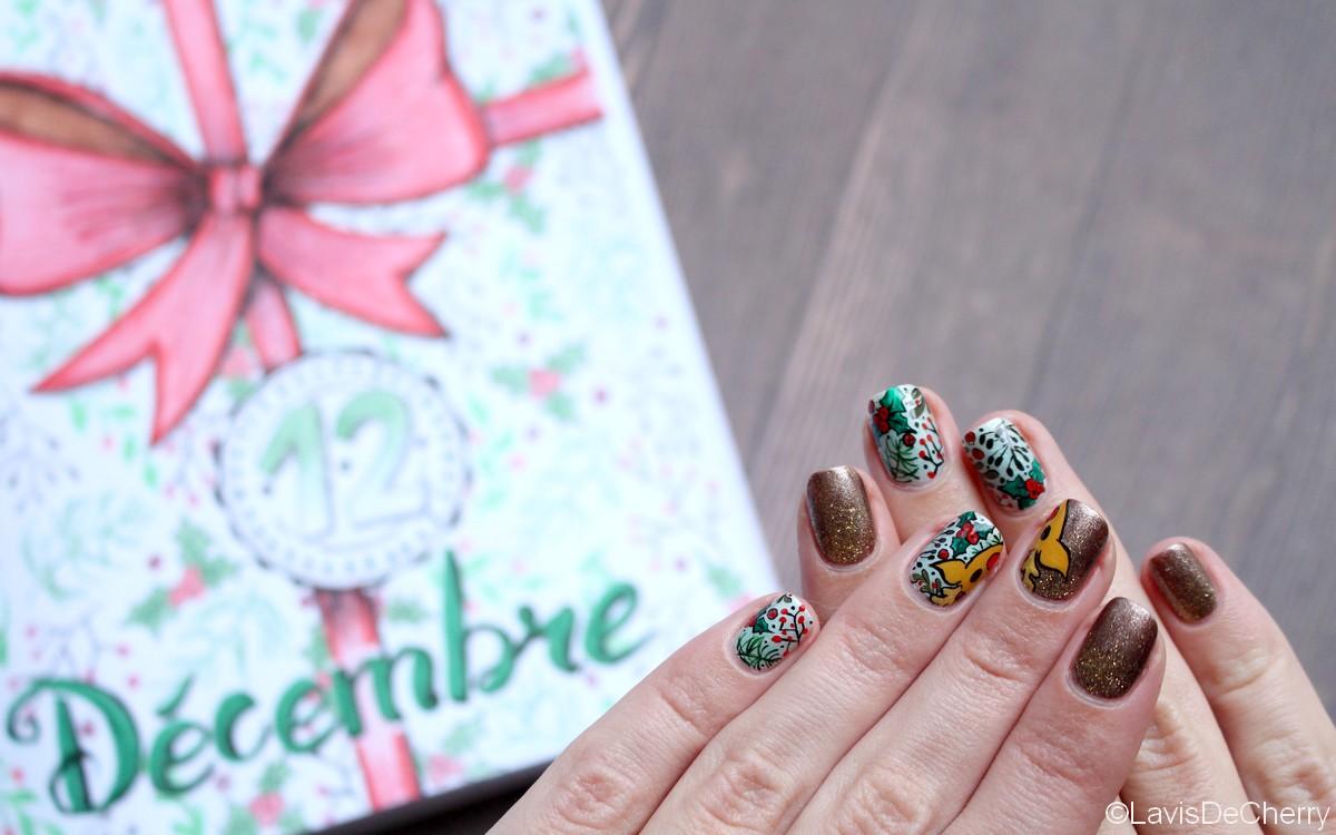 nail-art-noel-houx-renne-paillettes