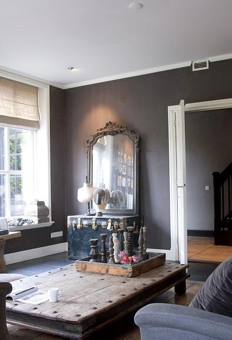Boiserie c grigio elegante per pareti e pavimenti for Pavimenti per salone