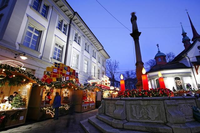Mercados de Natal iluminam Lucerna