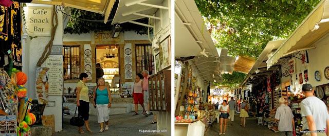 Vila de Lindos, na Ilha de Rodes, Grécia