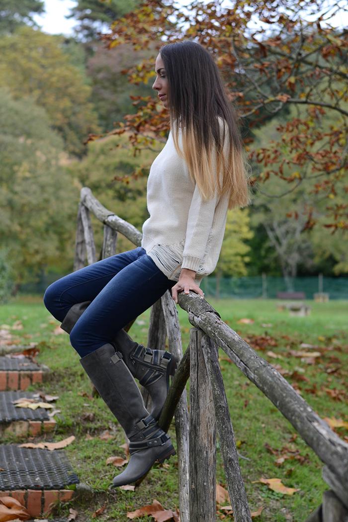 jeans maglione stivali
