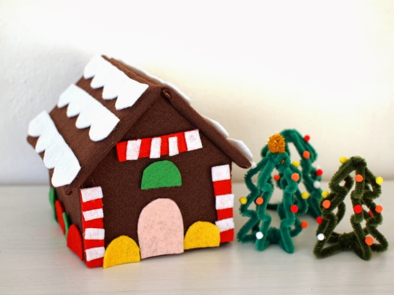 Make A Felt And Cardboard Gingerbread House Pink Stripey Socks