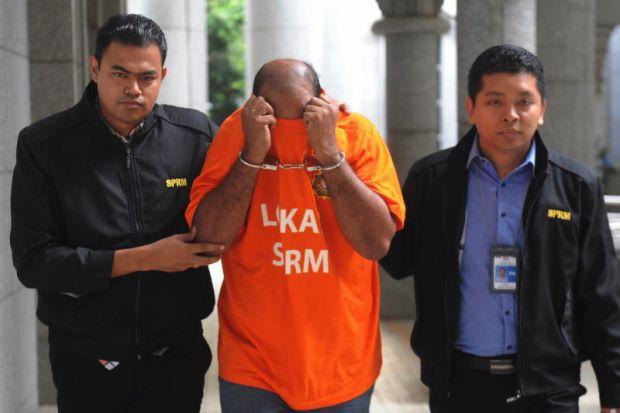 Rasuah Di Melaka - Pemandu Van Bebas Dengan Jaminan SPRM