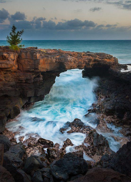 Recap Buyout - Po'ipu Lava Arch Kauai, Hawaii, USA