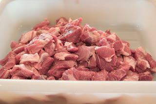 Finished cubes of meat for sausage making