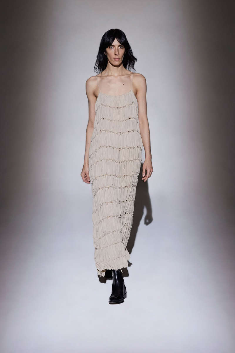 how-to-wear-a-slip-dress-new-trend-SS2016-the-row
