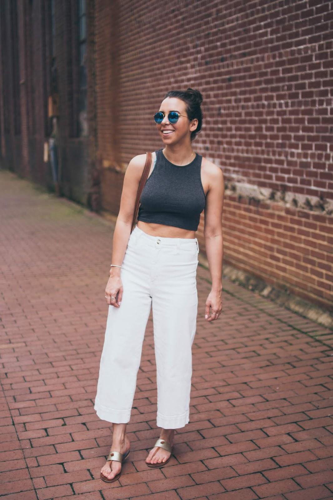 high-waist-white-culottes-casual-style-dc-blogger-avizastyle-andrea-viza