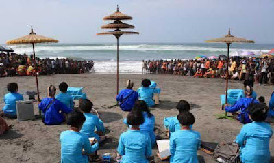 Ritual in Parangkusumo beach