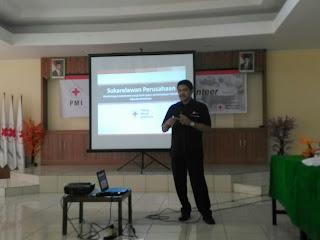 Pak Uunk dari PMI Jakarta Barat