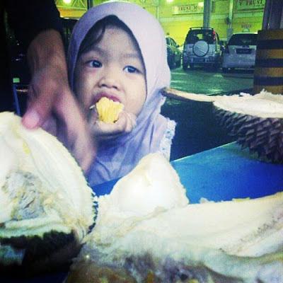 Jangan Cerita Banyak - Jom Makan Durian!