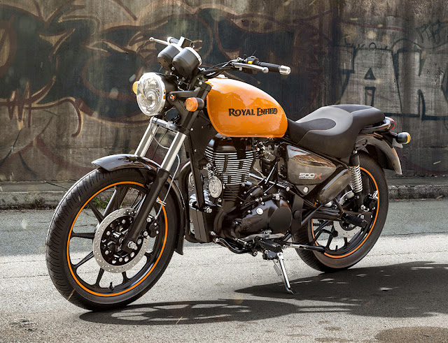 All New 2018 Royal Enfield Thunderbird 500X Wallpaper