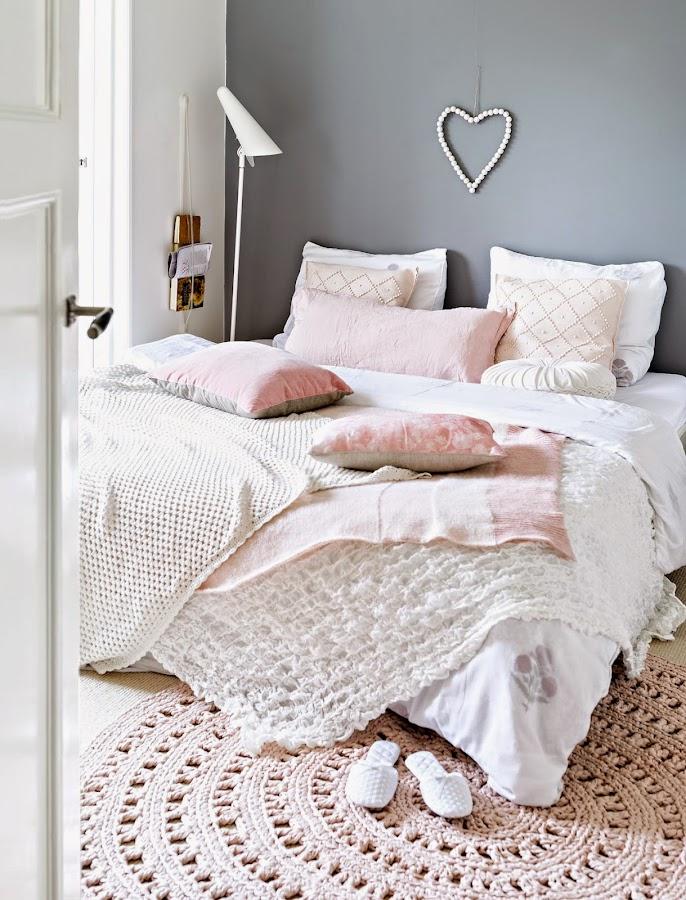 Una decoración en rosa y gris, tonalidades pastel una tendencia deco