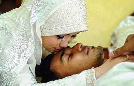 wahai para istri ajaklah suamimu berhubung4n seminggu 3