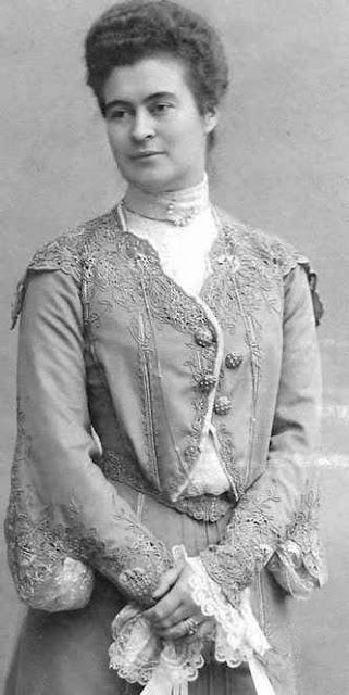 Maria Isabella Philippine Theresia Mathilde Josephine, Herzogin von Württemberg