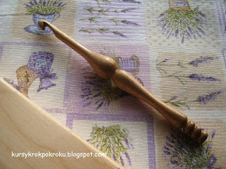 Toczone drewniane szydełka