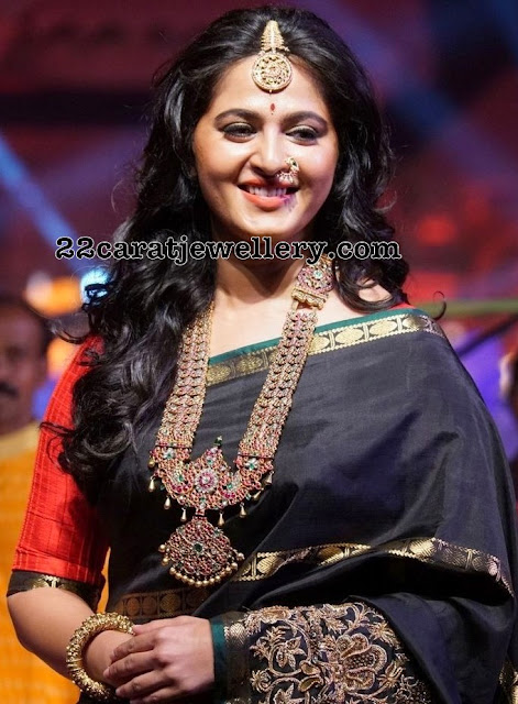Anushka Shetty Temple Jewellery