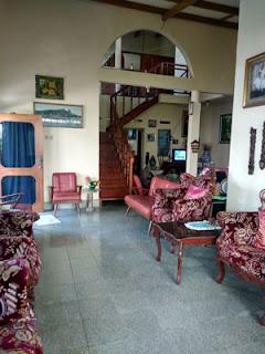 Ruang keluarga rumah di Jl. Ontoseno VII No. 49 Malang