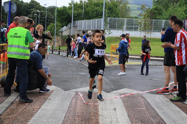 carrera euskera fiesta de Llano