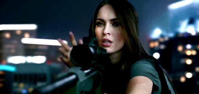 Megan Fox în trailerul pentru jocul video Call Of Duty: Ghosts