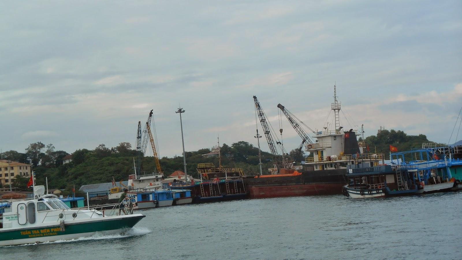 порт Нячанга