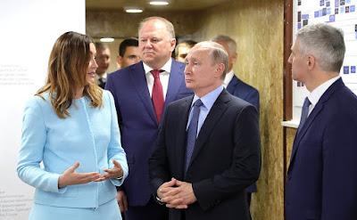 Vladimir Putin with ASI General Director Svetlana Chupsheva.