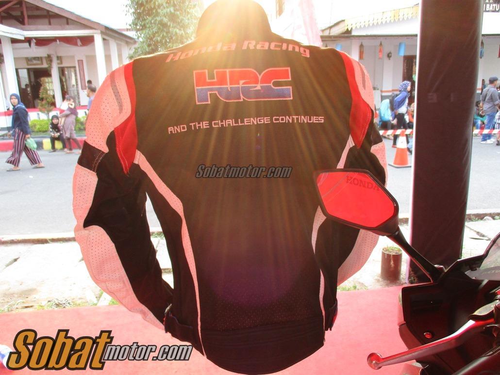 Bertemu dengan HRC Flash Mesh Jacket . . Jacket premium yang di desain khusus oleh Honda