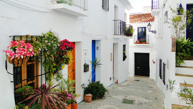 White town Frigiliana in a day trip from Malaga