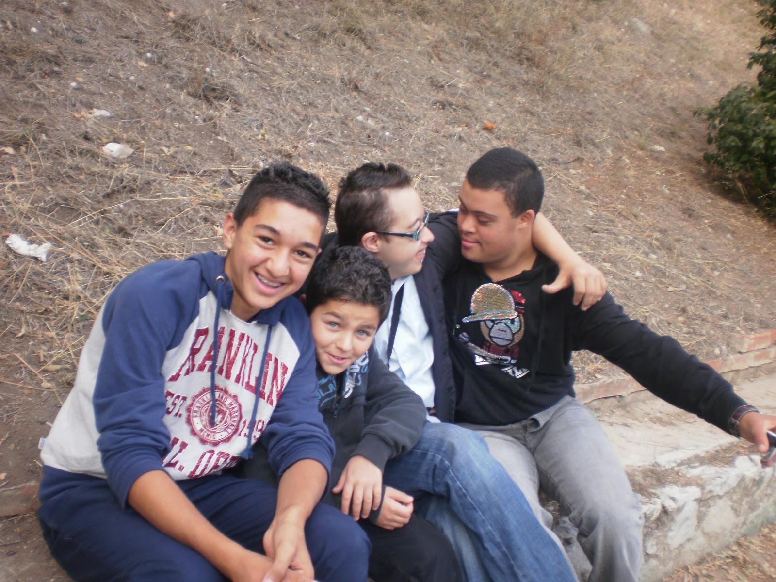 grenoble rencontre gay family à Viry Châtillon